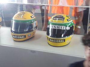 Capacetes de Senna