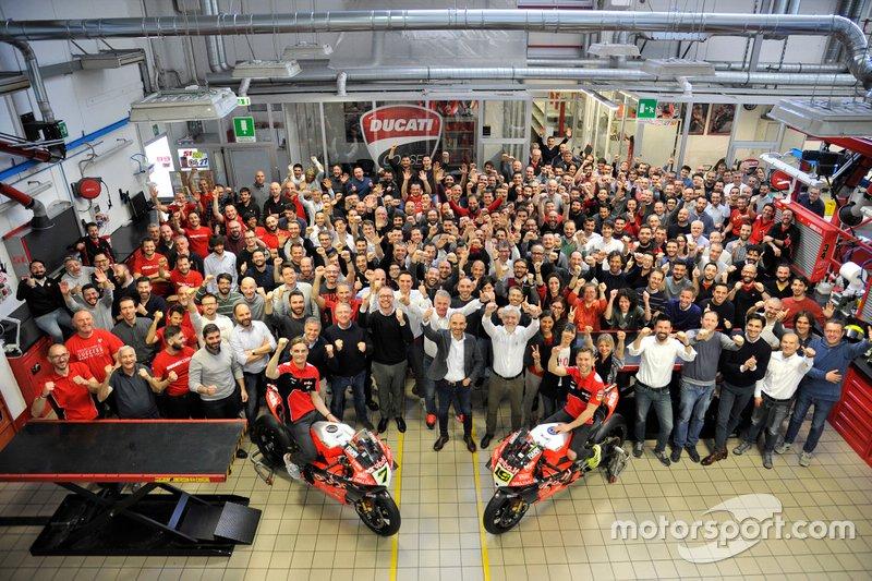 Chaz Davies, Aruba.it Racing-Ducati Team; Alvaro Bautista, Aruba.it Racing-Ducati Team