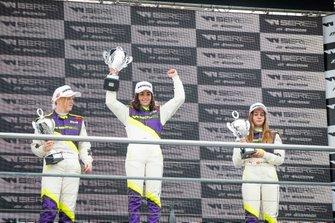 Alice Powell, Jamie Chadwick, and Marta Garcia, on the podium
