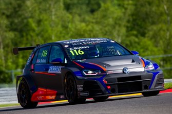 Ashley Sutton, Team WRT Volkswagen Golf GTI TCR