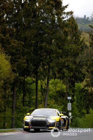 #53 Giti Tire Motorsport by WS Racing Audi R8 LMS GT4: Xiaole Rainey HE, Yat Shing S. Wong, Cheuk Wai Andy Yan