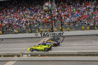 Simon Pagenaud, Team Penske Chevrolet, Alexander Rossi, Andretti Autosport Honda