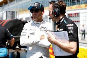 Robert Kubica, Williams Racing, on the grid