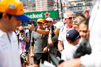 Lando Norris, McLaren takes a selfie with a fan