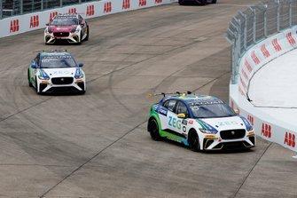 Cacá Bueno, Jaguar Brazil Racing, Sérgio Jimenez, Jaguar Brazil Racing, Simon Evans, Team Asia New Zealand