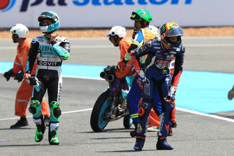 La chute d'Enea Bastianini, Leopard Racing et Marco Bezzecchi, Prustel GP