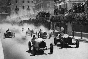 Achille Varzi, Bugatti T51, Baconin Borzacchini, Scuderia Ferrari Alfa Romeo 8C-2300