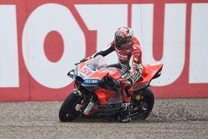 Michele Pirro, Ducati team traverse les graviers