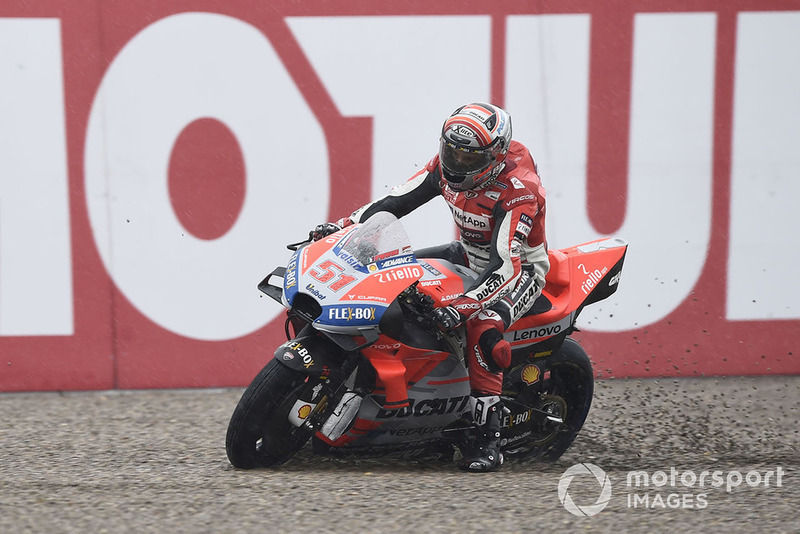 Michele Pirro, Ducati team se va largo