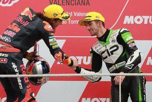 Podium: race winner Can Oncu, Red Bull KTM Ajo , third place John McPhee, CIP Green Power