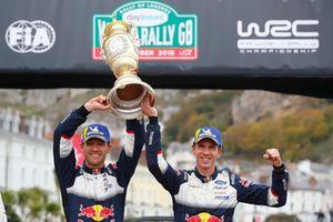 I vincitori Sébastien Ogier, Julien Ingrassia, M-Sport Ford WRT Ford Fiesta WRC