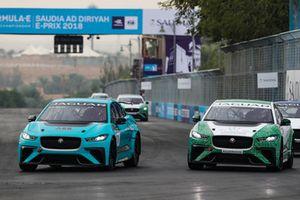 Alice Powell, Jaguar VIP car, lotta con Bandar Alesayi, Saudi Racing