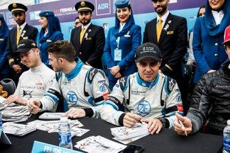Edoardo Mortara, Venturi Formula E, Felipe Massa, Venturi Formula E sign autographs for fans