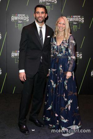 Aric Almirola, Stewart-Haas Racing con la moglie Janice