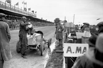 Clive Gallop, Aston Martin GP