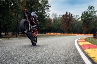 Мотоцикл MV Agusta F4 LH 44 Льюиса Хэмилтона