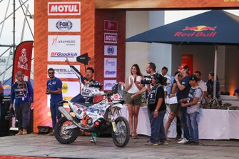 Подіум: Klicen Ktm R2r Dakar Rally Team: Жанг Мін