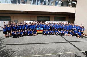The McLaren team say farewell to Fernando Alonso, McLaren before his final F1 race