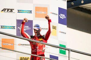Podium : Le Champion 2018, Mick Schumacher, PREMA Theodore Racing Dallara F317 - Mercedes-Benz
