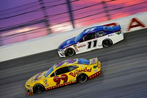 Derrike Cope, StarCom Racing, Chevrolet Camaro Bojangle's and Denny Hamlin, Joe Gibbs Racing, Toyota Camry FedEx Throwback Toyota Camry