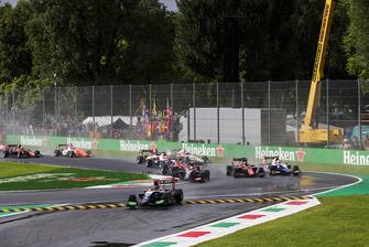 David Beckmann, Trident, Giuliano Alesi, Trident, Callum Ilott, ART Grand Prix bij de start