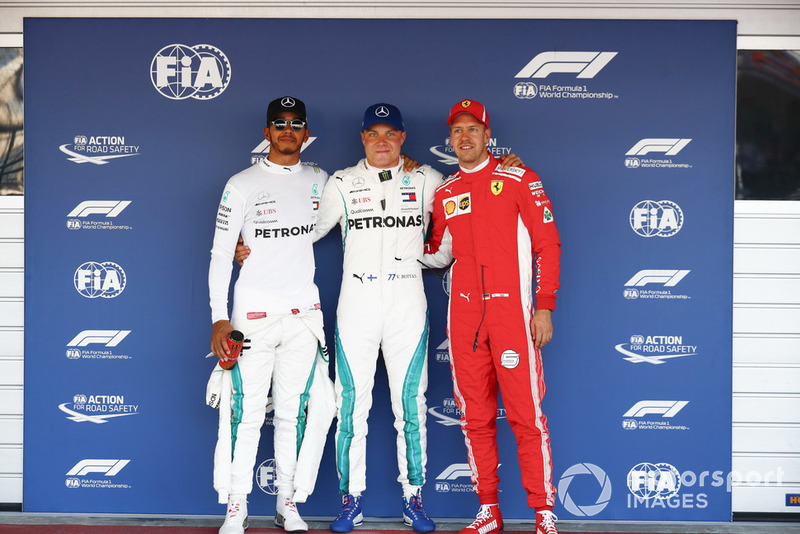 Sıralama turları ilk 3 üç, Lewis Hamilton, Mercedes AMG F1, Pole Valtteri Bottas, Mercedes AMG F1, and Sebastian Vettel, Ferrari