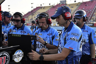 Kevin Harvick, Stewart-Haas Racing, Ford Fusion Busch Beer crew chief Rodney Childers