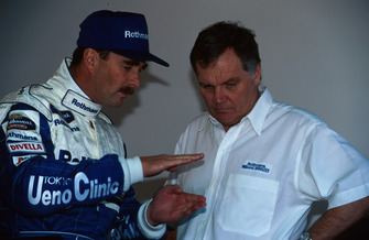 Nigel Mansell, Williams with Patrick Head, Williams Technical Director