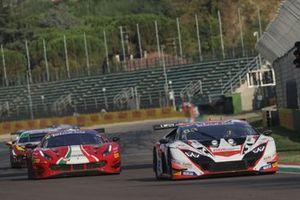 #88, LP Racing, Lamborghini Huracan GT3 Evo: Pietro Perolini, Jonathan Cecotto