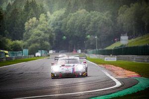 #23 Huber Motorsport Porsche 911 GT3-R: Nicolas Leutwiler, Ivan Jacoma, Jacob Schell, Nico Menzel