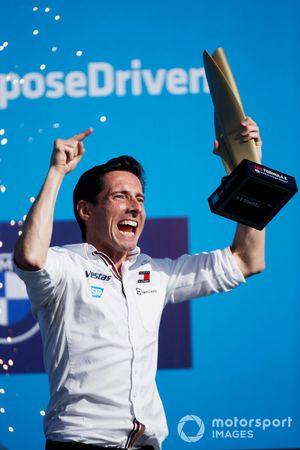 Ian James, Team Principal, Mercedes-Benz EQ, sul podio del campionato