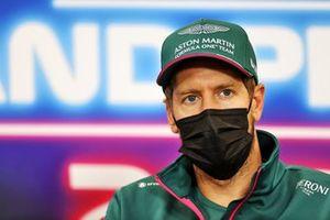Sebastian Vettel, Aston Martin, in de persconferentie