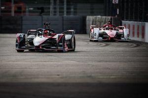 Sebastien Buemi, Nissan e.Dams, Nissan IMO3, Joel Eriksson, Dragon Penske Autosport, Penske EV-5