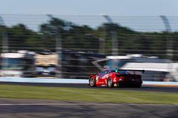 #64 Scuderia Corsa Ferrari 488 GT3, GTD: Bill Sweedler, Townsend Bell, Frankie Montecalvo