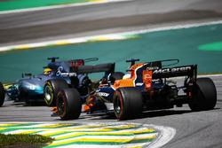 Lewis Hamilton, Mercedes AMG F1 W08, passes Fernando Alonso, McLaren MCL32