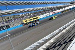 Майкл Макдауэлл, Leavine Family Racing Chevrolet и Пол Менард, Richard Childress Racing Chevrolet