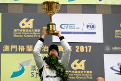 Podium: Race winner Edoardo Mortara, Mercedes-AMG Team Driving Academy, Mercedes - AMG GT3