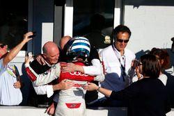El campeón, René Rast, Audi Sport Team Rosberg, Audi RS 5 DTM con el Dr. Wolfgang Ullrich, ex jefe d