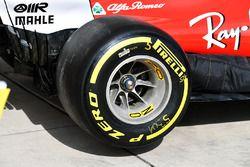 Ferrari SF70H rear wheel
