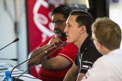 Dilbagh Gill, PDG et Team Principal, Mahindra Racing, James Barclay, directeur de Jaguar Racing, Sylvain Filippi, directeur de la technologie, DS Virgin Racing, lors de la conférence de presse