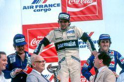 Podium : le vainqueur Nelson Piquet, Brabham, le deuxième Keke Rosberg, Williams, le troisième Alain Prost, Renault. Nelson Piquet et Keke Rosberg ont par la suite été disqualifiés en raison de la non conformité de leurs réservoirs d'eau.