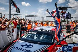 Il vincitore della gara Norbert Michelisz, BRC Racing Team Hyundai i30 N TCR