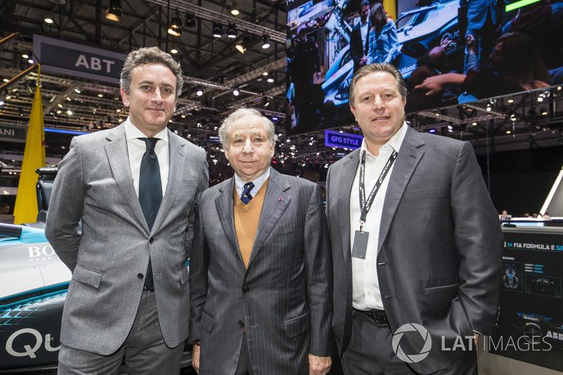 Alejandro Agag, CEO de Fórmula E, Jean Todt, presidente de la FIA y Zak Brown