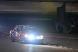 #147 MP3B BMW 325i: Gilberto Pinzon, Javier Pinzon, William Corredor, Carlos Corridor of Bucket List Racing