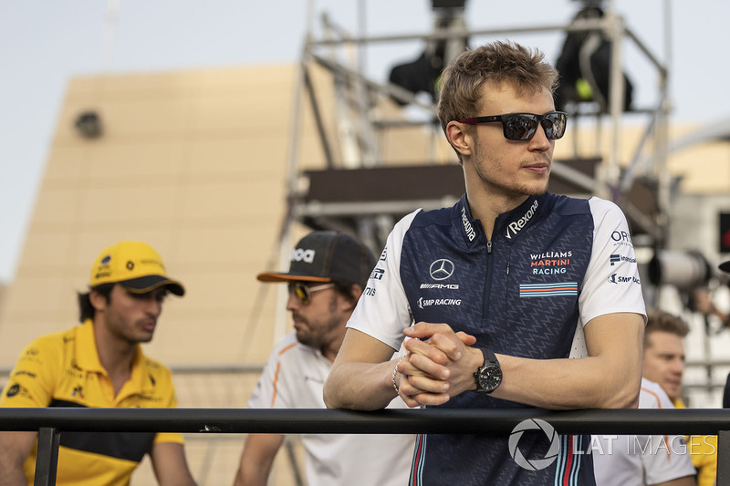 Sergey Sirotkin, Williams on the drivers parade