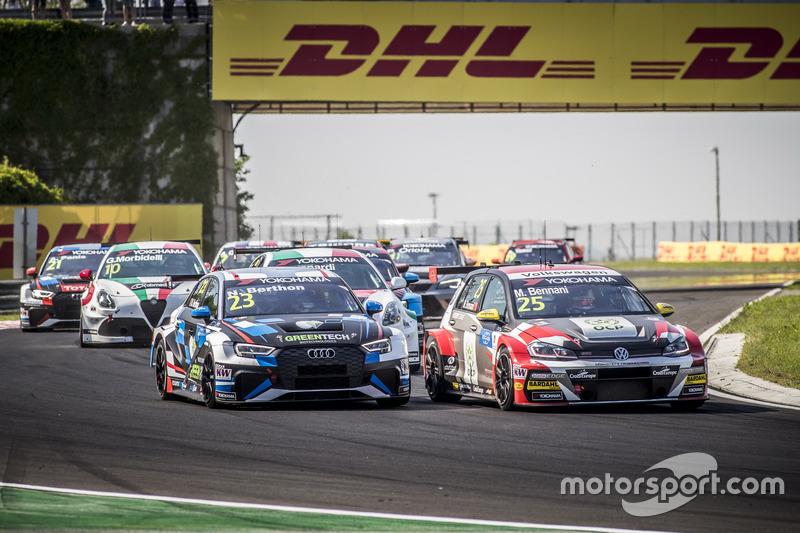 Nathanaël Berthon, Comtoyou Racing Audi RS 3 LMS, Mehdi Bennani, Sébastien Loeb Racing Volkswagen Golf GTI TCR