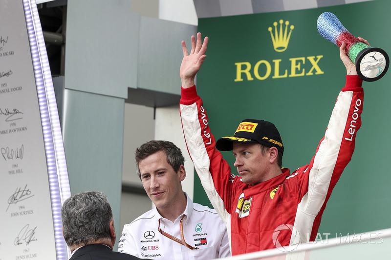 Podio: il secondo classificato Kimi Raikkonen, Ferrari