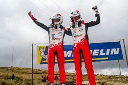I vincitori Ott Tanak, Martin Järveoja, Toyota Yaris WRC, Toyota Gazoo Racing