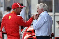 Sebastian Vettel, Ferrari et Charlie Whiting, directeur de course de la FIA