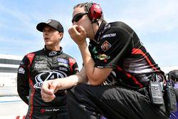 Trevor Bayne, Roush Fenway Racing, Ford Fusion AdvoCare and Matt Puccia